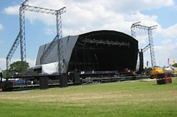 Temporary Stages and Rostra