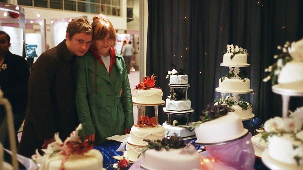 Martin Freeman and Jessica Hynes in Confetti