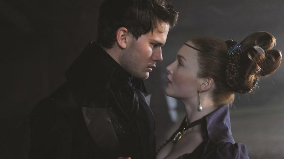 Jeremy Irvine and Holliday Grainger in Great Expectations