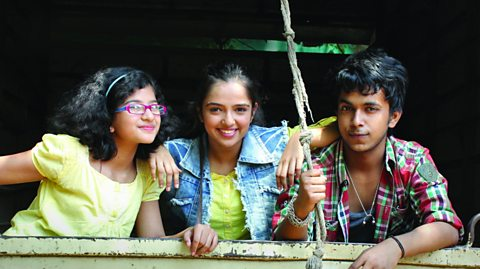 Inspiring young people through drama and discussion in India