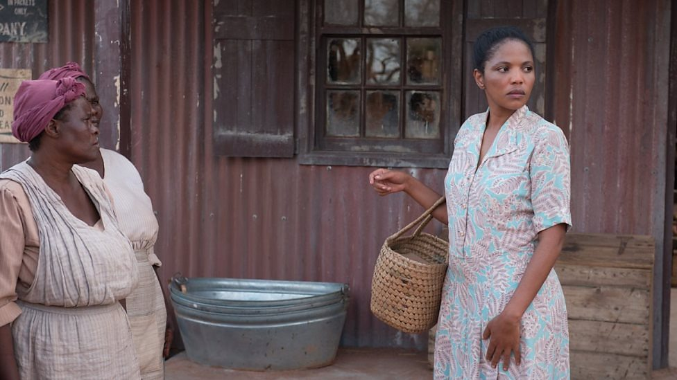 Terry Pheto and supporting cast in A United Kingdom