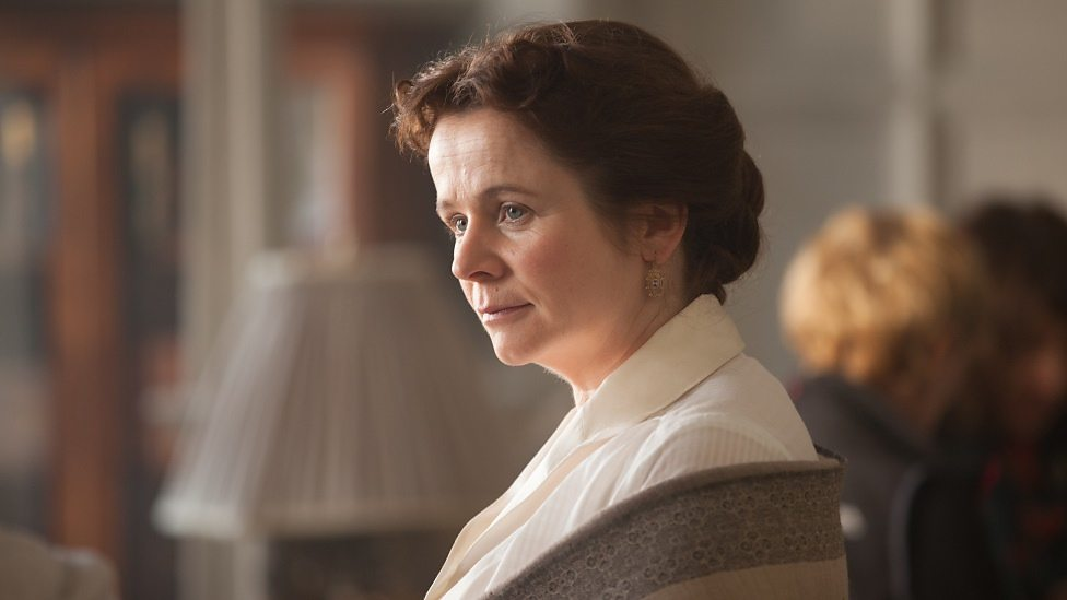 Emily Watson in Testament of Youth