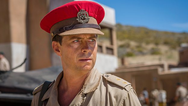 Stephen Campbell Moore (Lieutenant Ed Laithwaite)