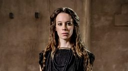 Interview with Chloe Pirrie (Andromache)