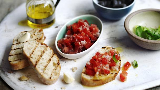 Fresh Tomato Salsa With Bruschetta Variations