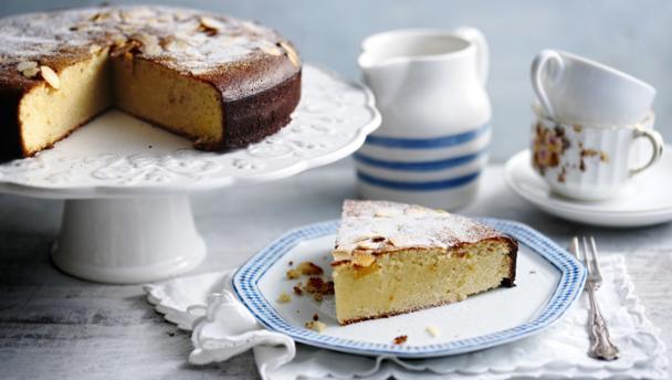 Gluten-free apple and almond cake