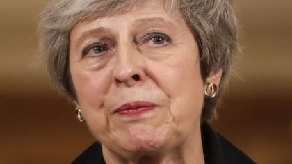 May steps up efforts to sell Brexit plan
